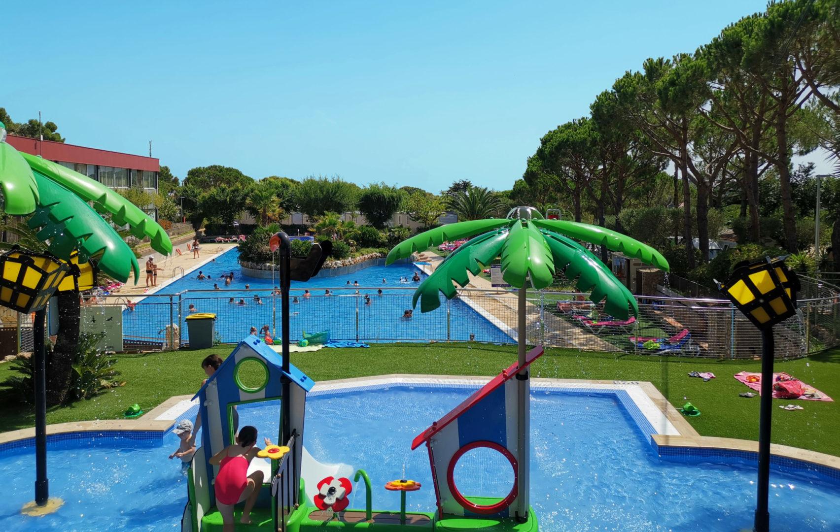 Camping Costa Brava con piscina