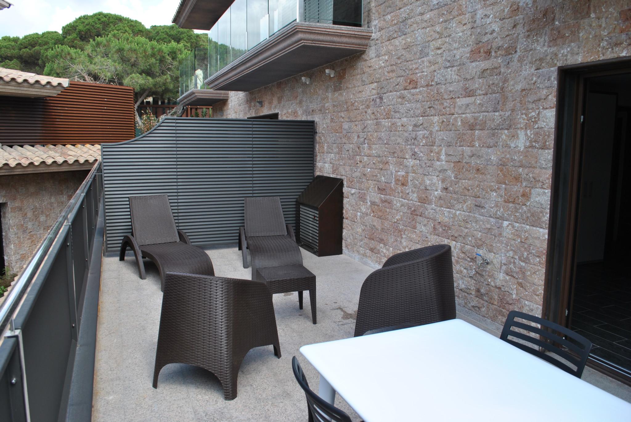 Habitación rural con terraza en Costa Brava